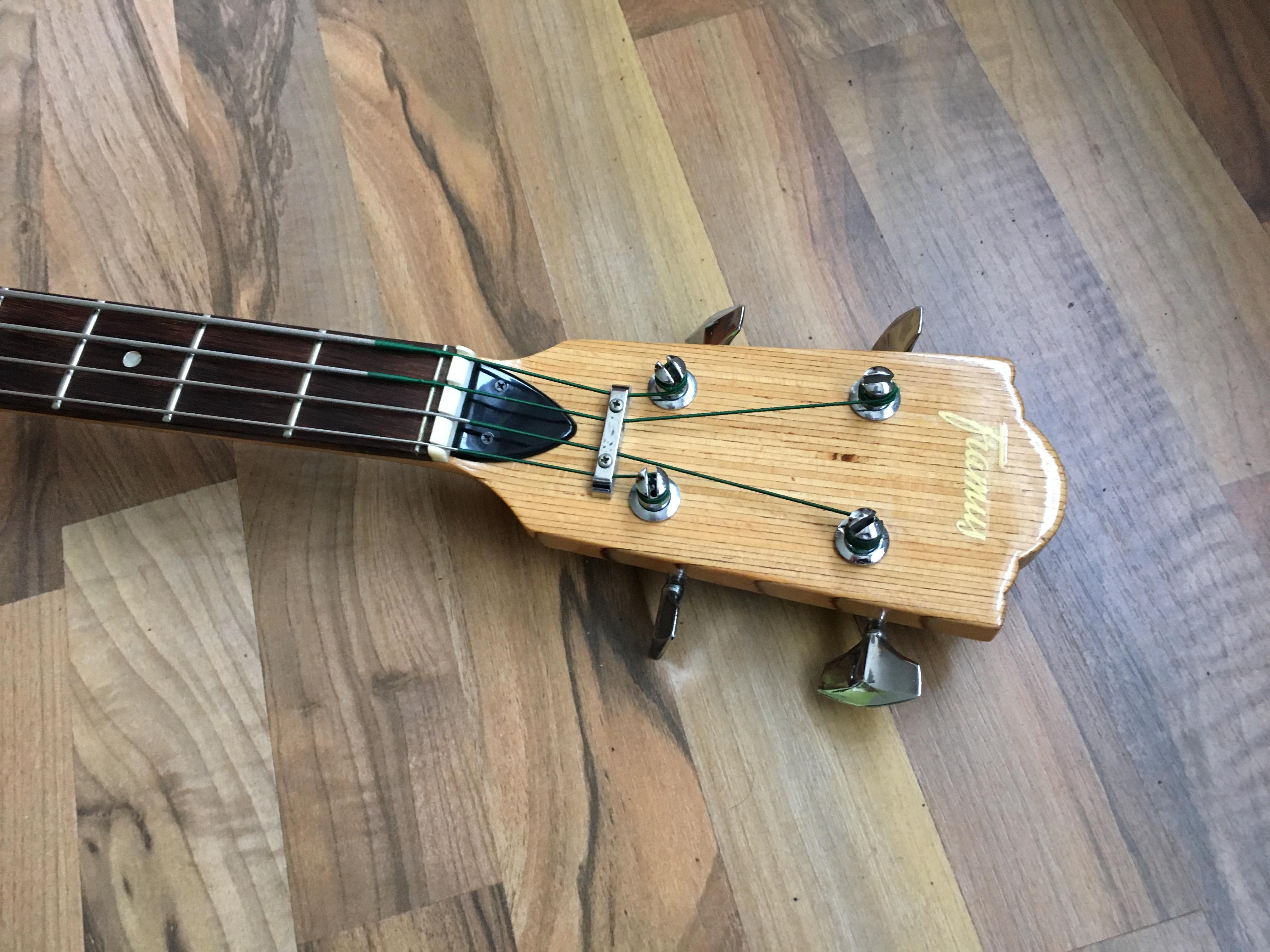 Framus Sorento 4 Bass von 1974